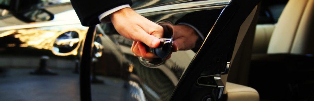 Аренда машины с водителем в Сочи